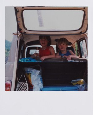 Me & my sis in the best car ever : Katrca