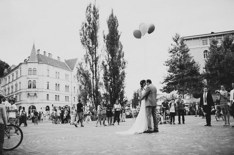 neza&klemen_porocna_fotografija_ljubljana_pri_noni-108